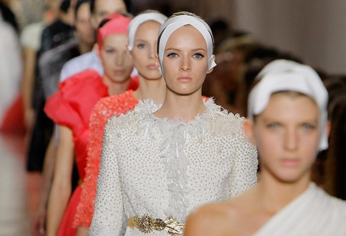 Giambattista Valli Haute-Couture Automne Hiver 2011-2012