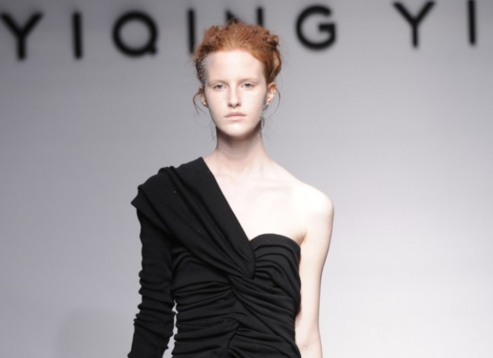 Yiqing Yin Couture Automne Hiver 2011-2012