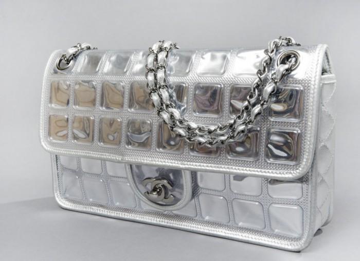 Chanel Vintage 1910-2010 : un siècle de création chez Drouot