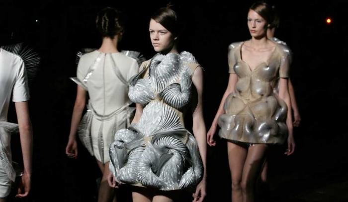 Iris Van Herpen Haute-Couture Printemps Eté 2012