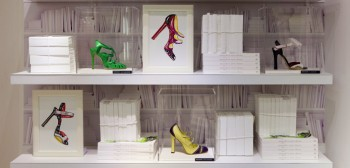 Manolo Blahnik, 40 ans de glamour au Printemps Haussmann
