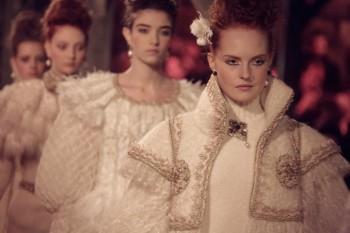 Quand Chanel présente sa collection Métiers d'Arts en Ecosse