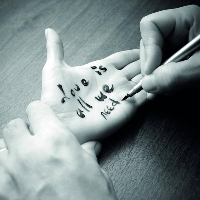 Écris-moi des mots d'amour, l'exposition photo de la boutique Montblanc