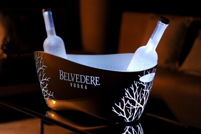 Belvedere lance son magnum Belvedere Silver Laser au Club Costes by Albane