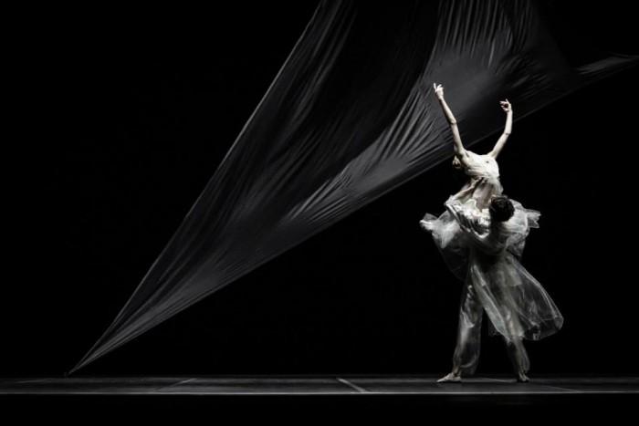 Yiqing Yin crée les costumes du ballet Tristan et Iseult
