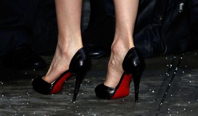 info pour 4c99b 92979 chaussures semelles rouges