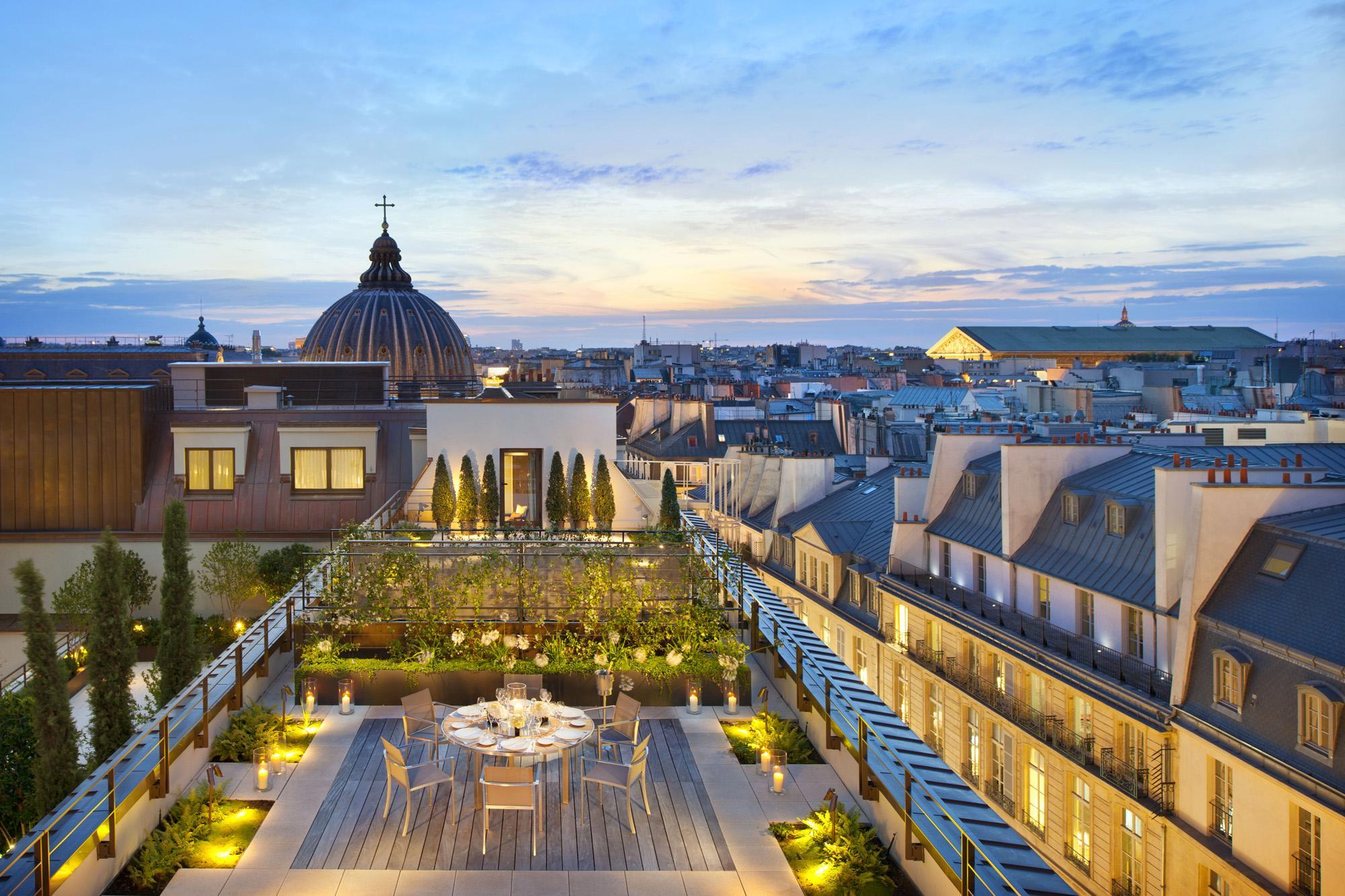 Maryo 39 s bazaar terrasse mandarin oriental paris for 15 royal terrace