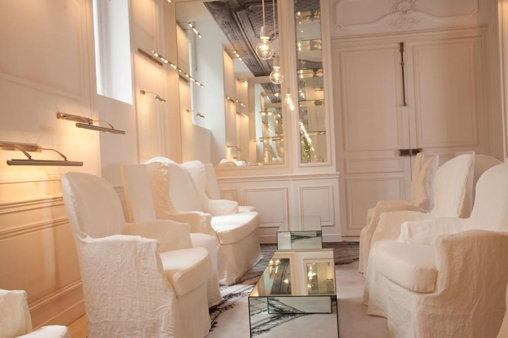 La Maison Champs Elys Es Un H Tel Sign Maison Martin Margiela Maryo 39 S Bazaar