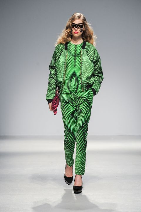 Pixelformula Manish Arora Womenswear Winter 2013 - 2014 Paris