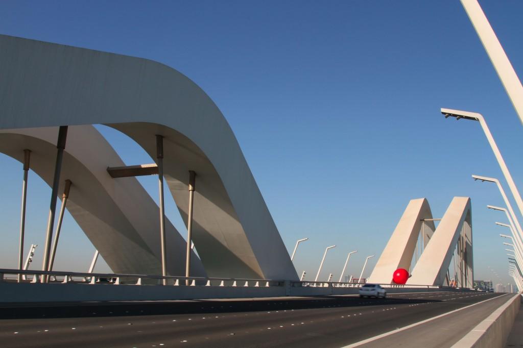 RBP-Sheikh-Zayed-Bridge-by-Zaha-Hadid-in-Abu-Dhabi_credit-Tony-Gaddis