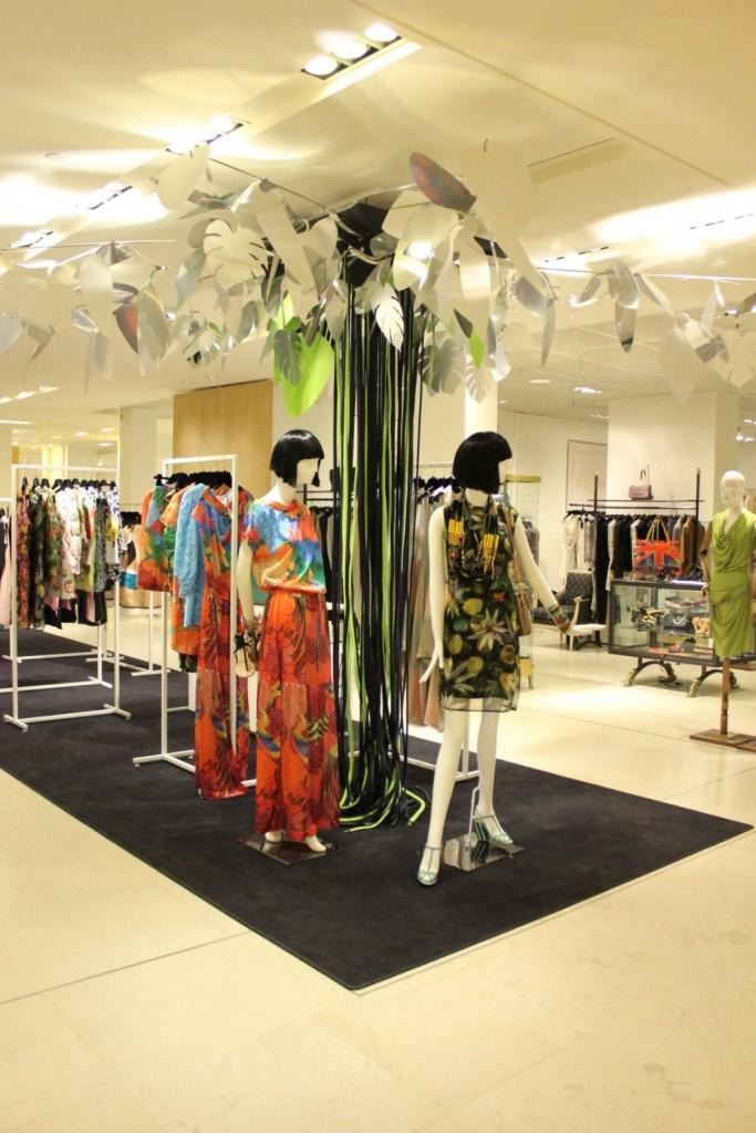 Exposition-Le-Bresil-Rive-Gauche-au-Bon-Marche-Rive-Gauche-Mode-Femme-1er-etage