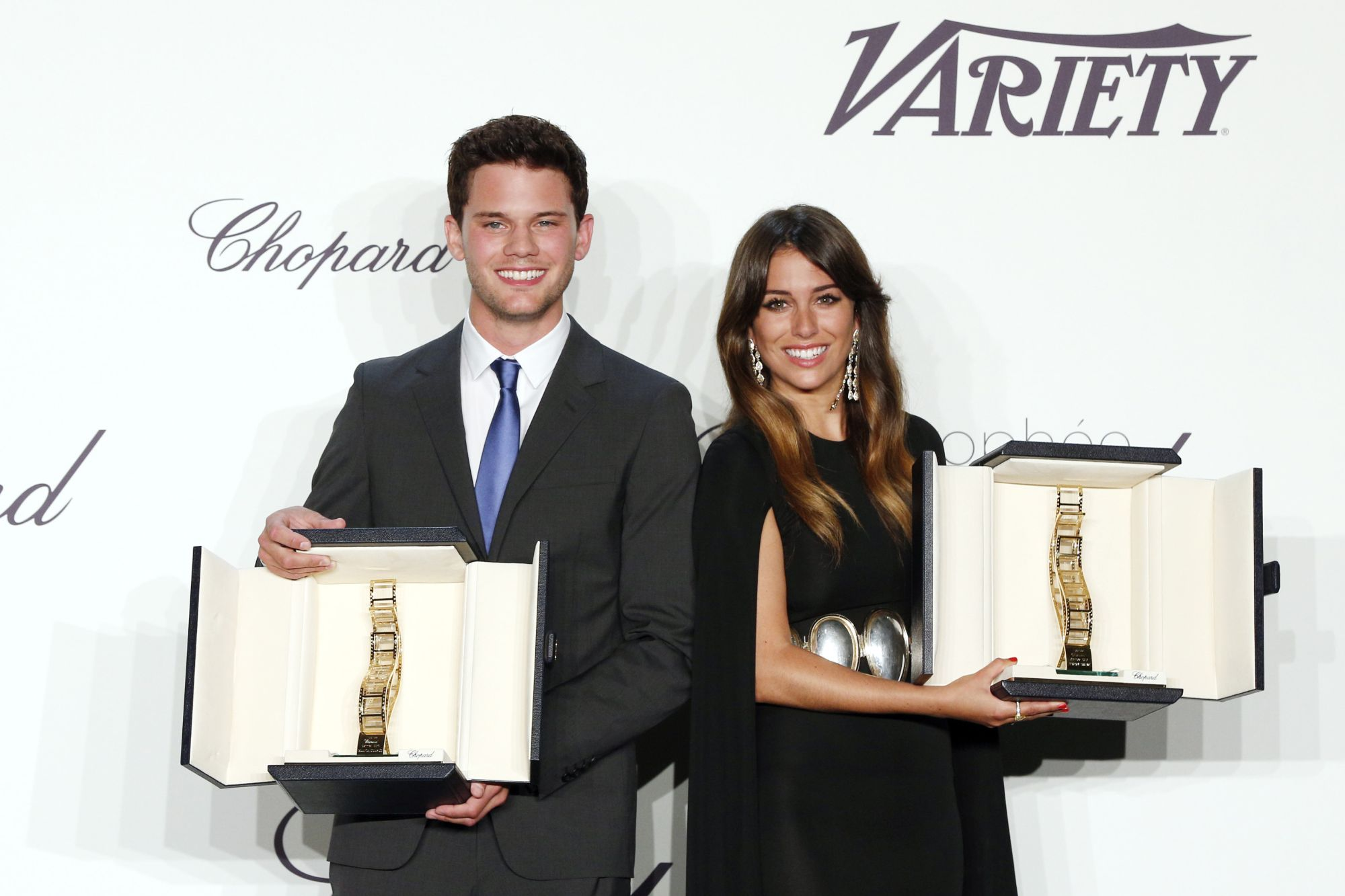 Jeremy_Irvine_and_Blanca_Suarez_in_Chopard_02 p