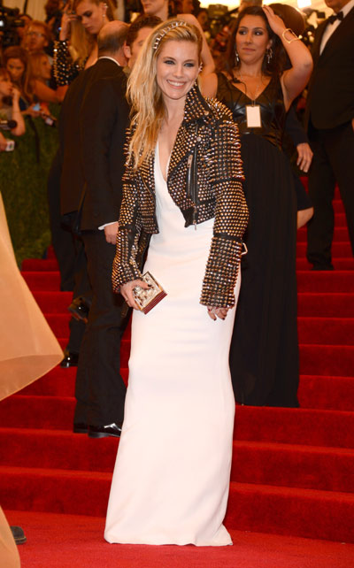 sienna-miller in Burberry