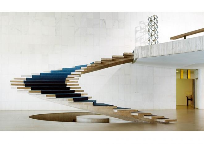 spirale-staircase-Brasilia-2012-vincent fournier