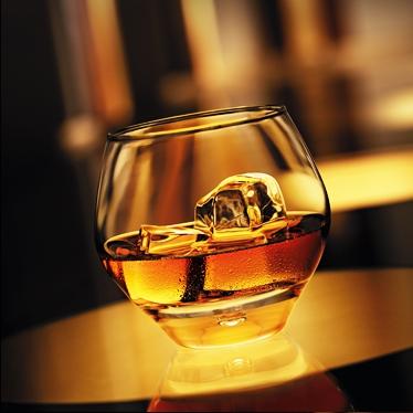 fine_cognac_ontherocks