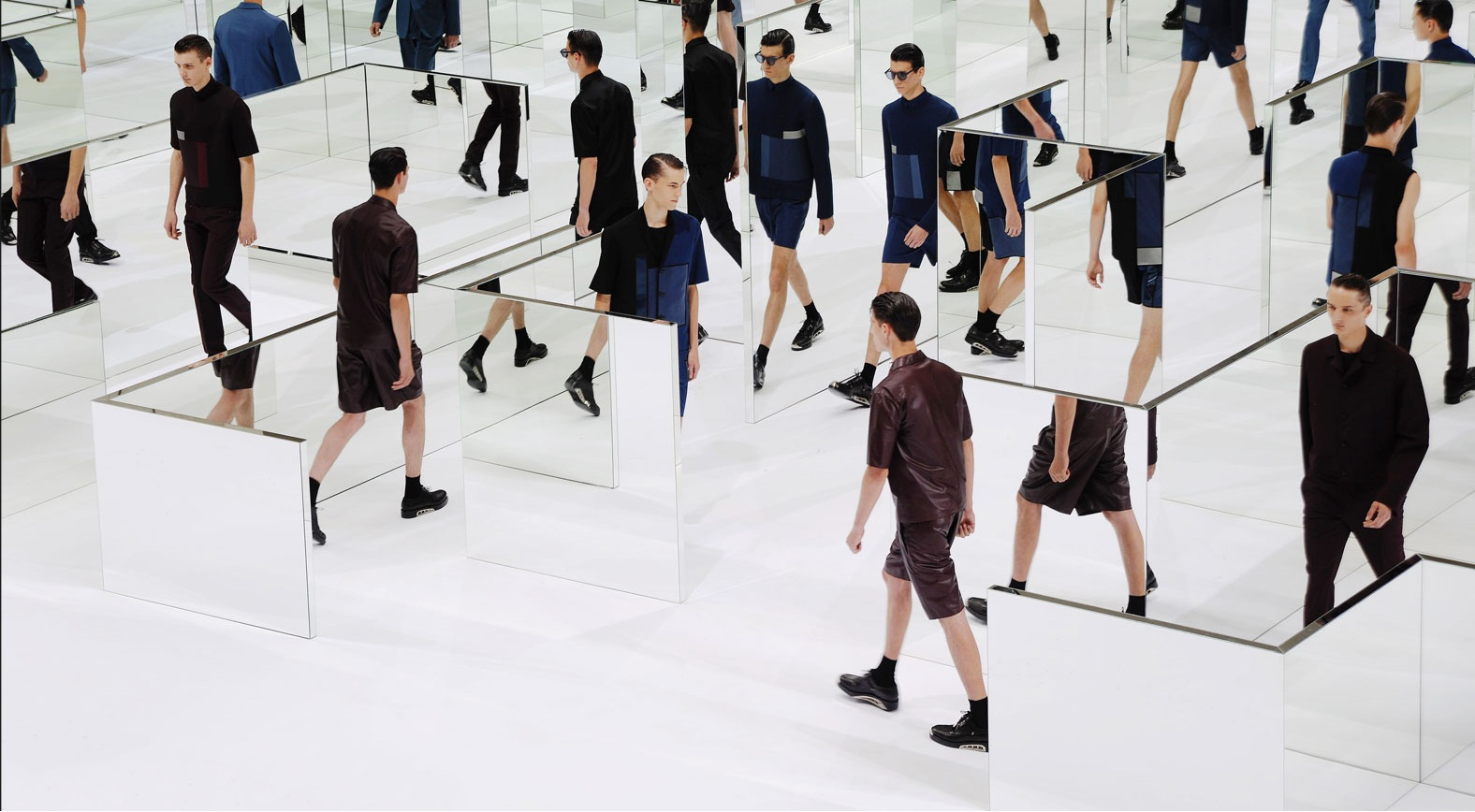 Behind the scenes dior homme spring summer 2014 maryo 39 s for Runway club miami