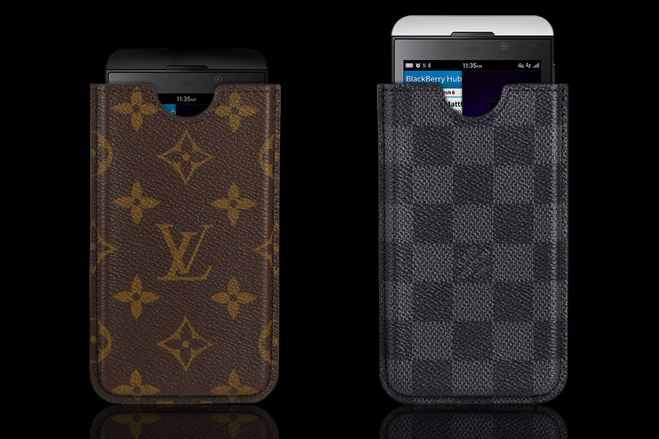 Louis-Vuitton-Blackberry-Z10-Case