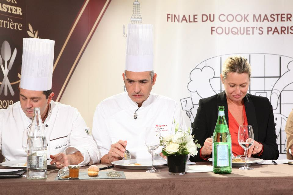Jury dégustant Cook Master 2012