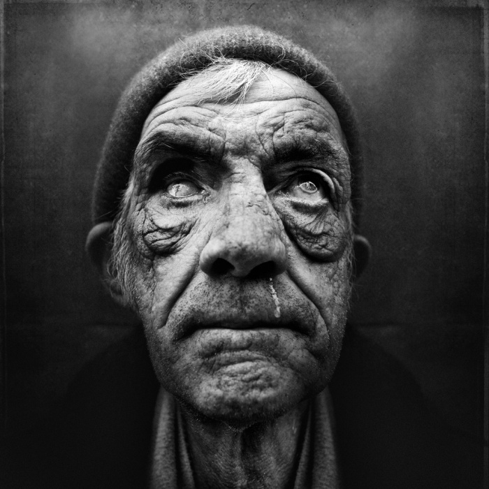 Lee_Jeffries_portraits_41