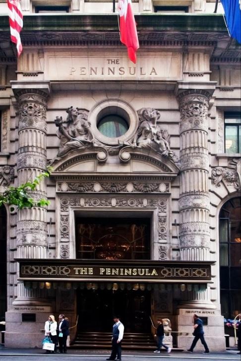 The_Peninsula_New_York_Entrance