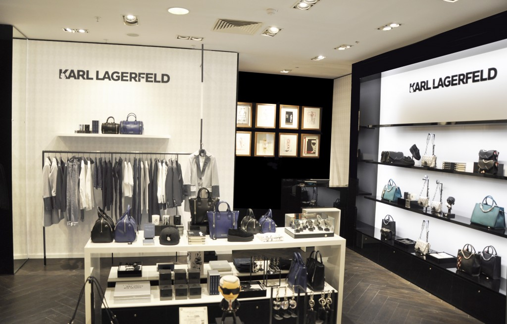 Karl Lagerfeld - Galeries Lafayettes 03