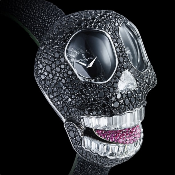 crazy skull watch 03