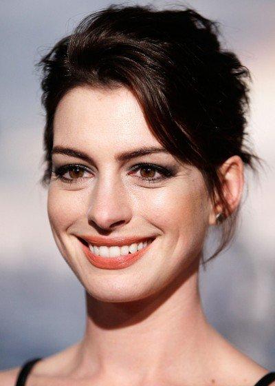 Anne-Hathaway-Interstellar-Washington-DC-Premiere-2