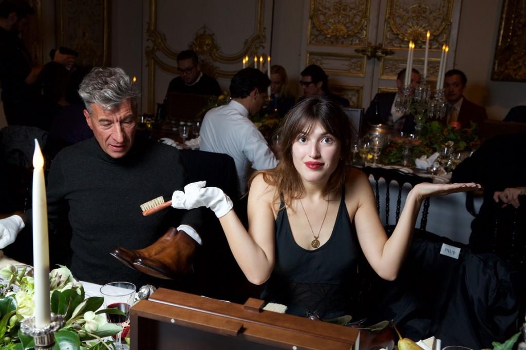 Maurizio CATTELAN. Jeanne DALMAS   . Berluti Show FW15-16. Musee Arts Decoratifs. 01/2015 © david atlan