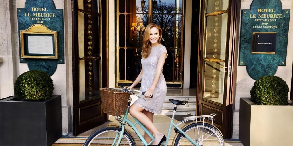 3117_BikeOutside-0070_warm LR1