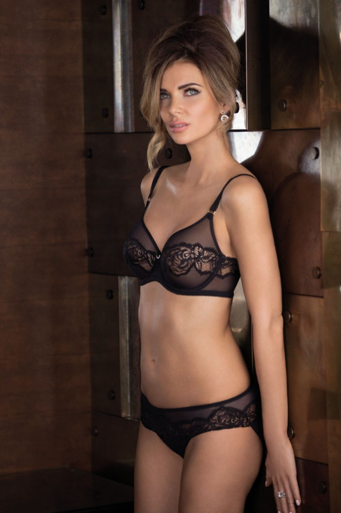SHEER-ENOUGH-BLACK-UNDERWIRED-BRA-855253-HIPSTER-BRIEF-845253-CONSUMER