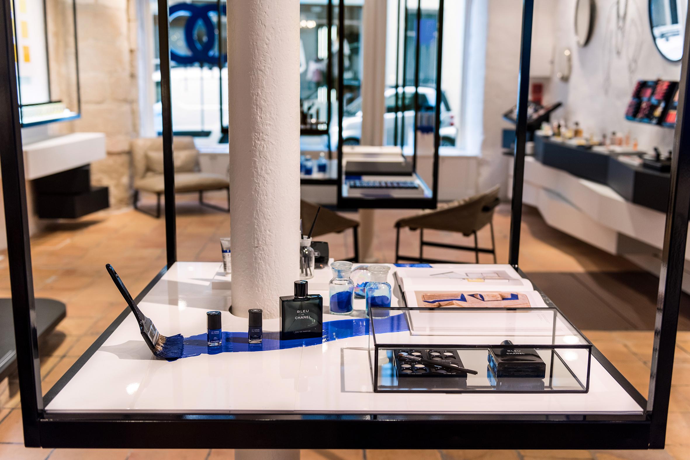 chanel ouvre sa premi re boutique beaut paris maryo 39 s bazaar. Black Bedroom Furniture Sets. Home Design Ideas