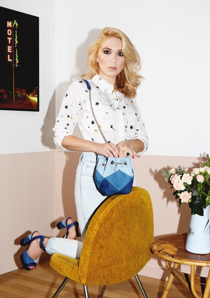 camille-seydoux-wearing-roger-vivier-prismick-denim-1-22-HR