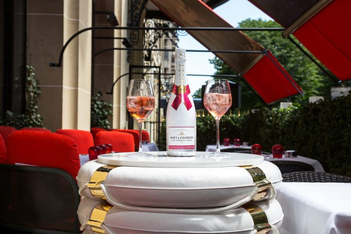 moet-ice-imperial-rose-x-plaza-athenee-4