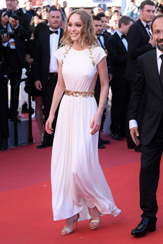 lily-rose depp cannes-film-festivall-2017-opening-ceremony-17-shutterstock