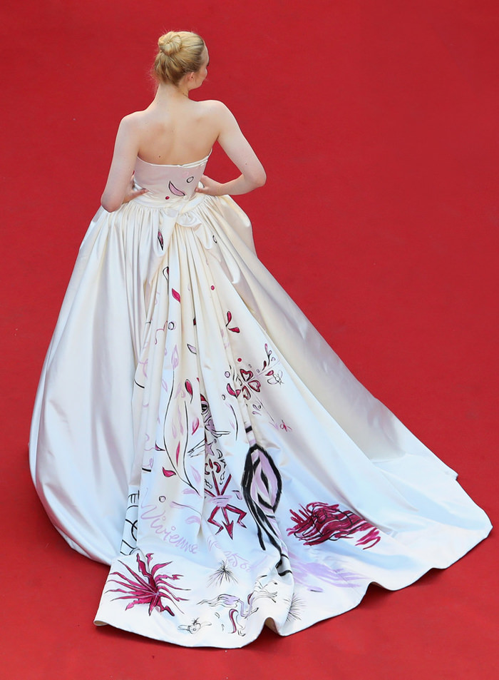 Elle-Fanning-Cannes-Film-Festival-Fashion-Vivienne-Westwood-Couture-Dress-Sketch-Inspiration