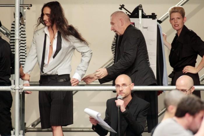 Backstage du défilé Jean-Paul Gaultier Homme Printemps Eté 2012