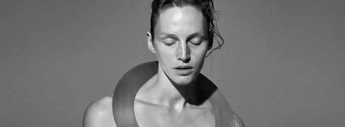 Viviane Sassen signe la campagne Automne Hiver 2014 d'Acne Studios
