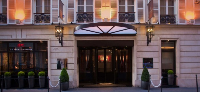 Une séance photo signée Guilhem de Castelbajac à l'Hôtel Renaissance Vendôme