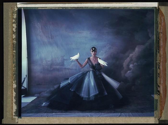 Haute Couture from Paris to NYC –  Polaroids par Cathleen Naundorf