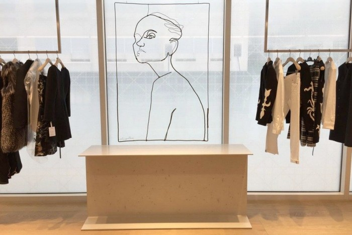 Dior et l'artiste contemporaine Julie Gauthron